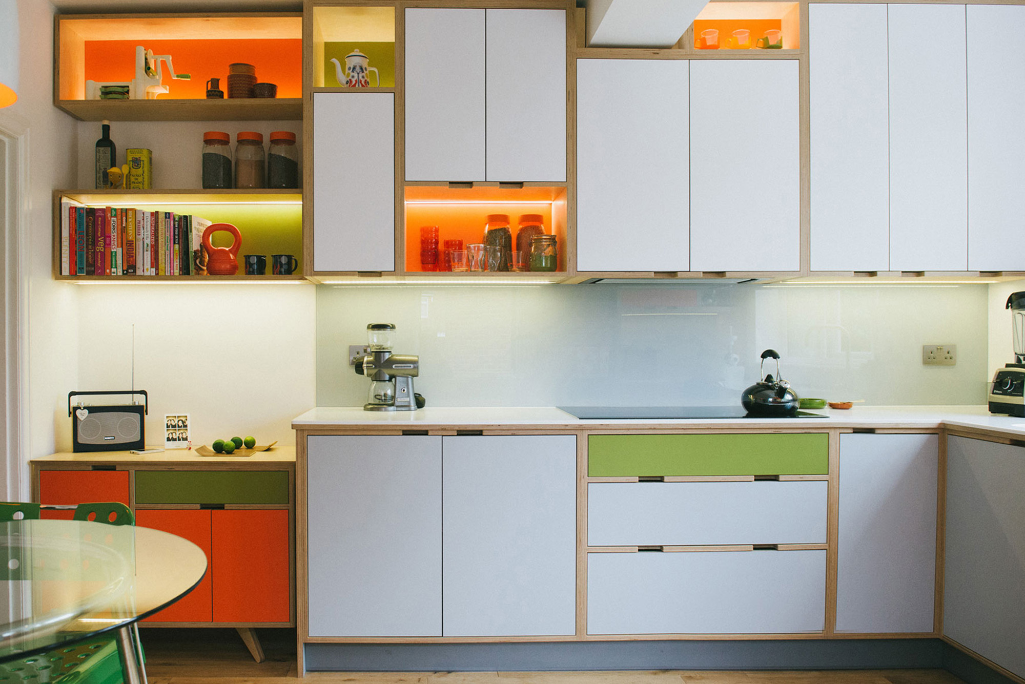 Plywood kitchens made in the UK