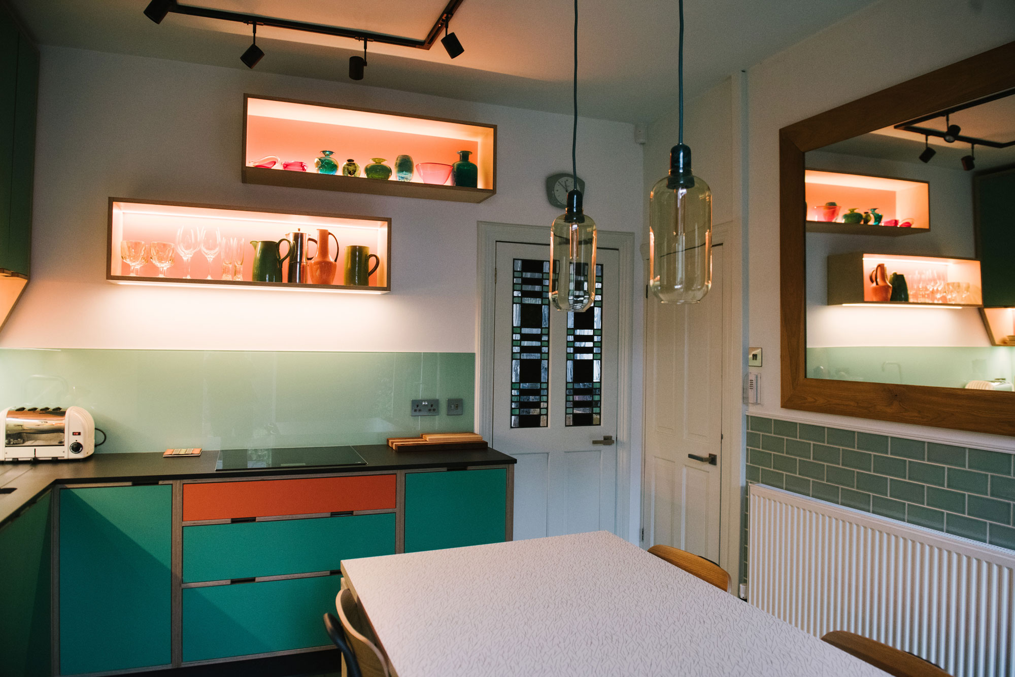 Retro kitchen in green and orange