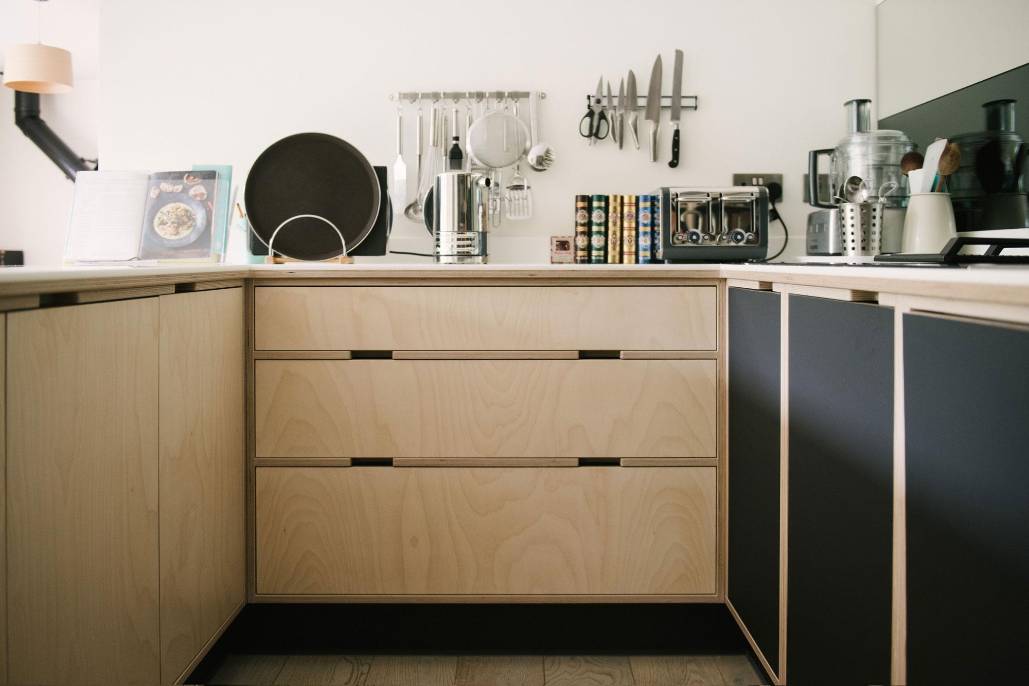 Birch Ply Drawer Unit in Black Plywood Kitchen