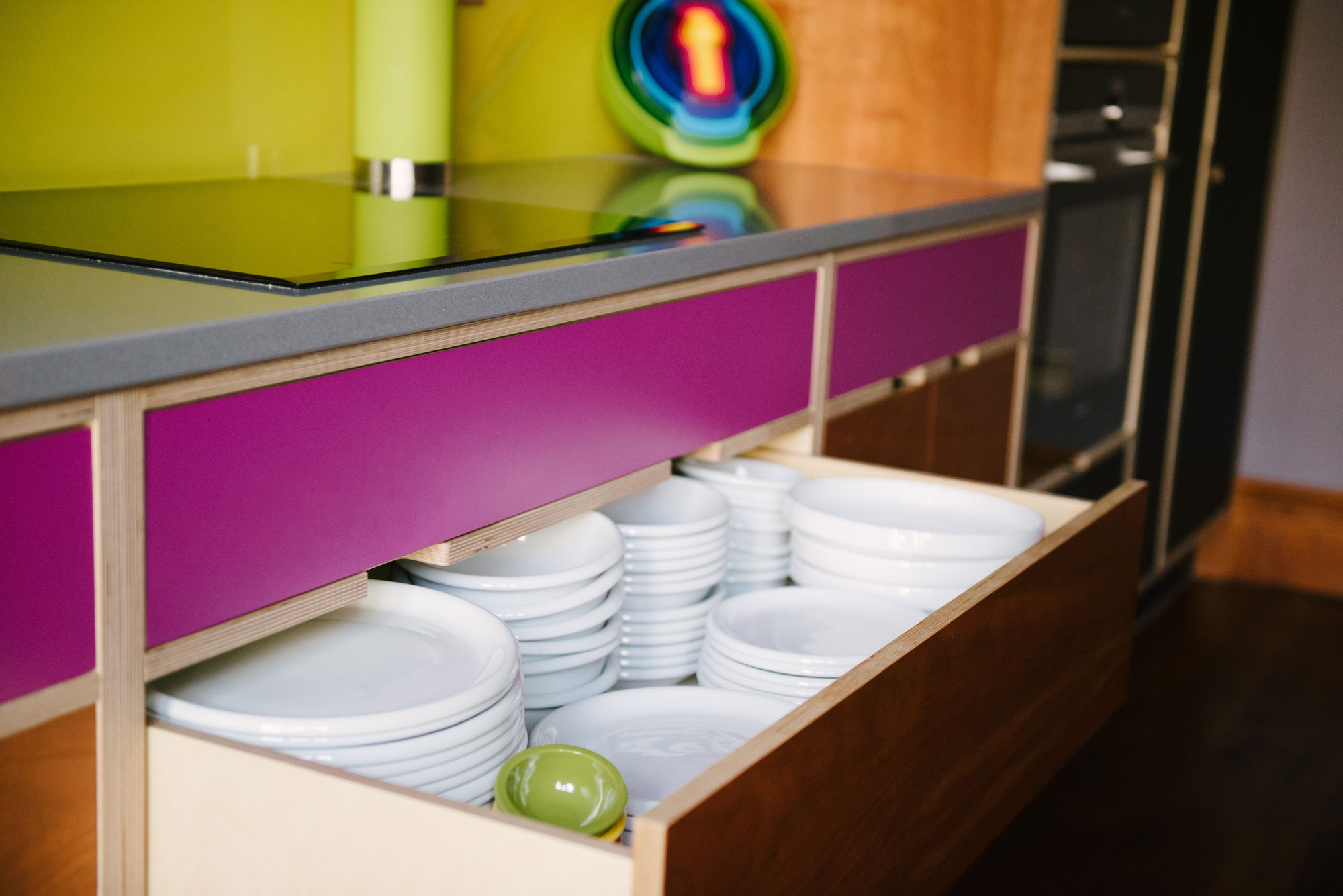 crockery drawer