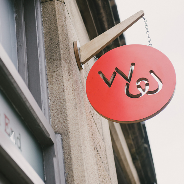 Wood & Wire shop signage