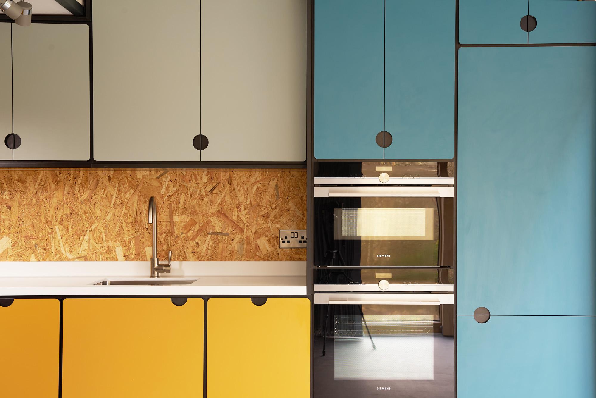 valchromat kitchen cabinets