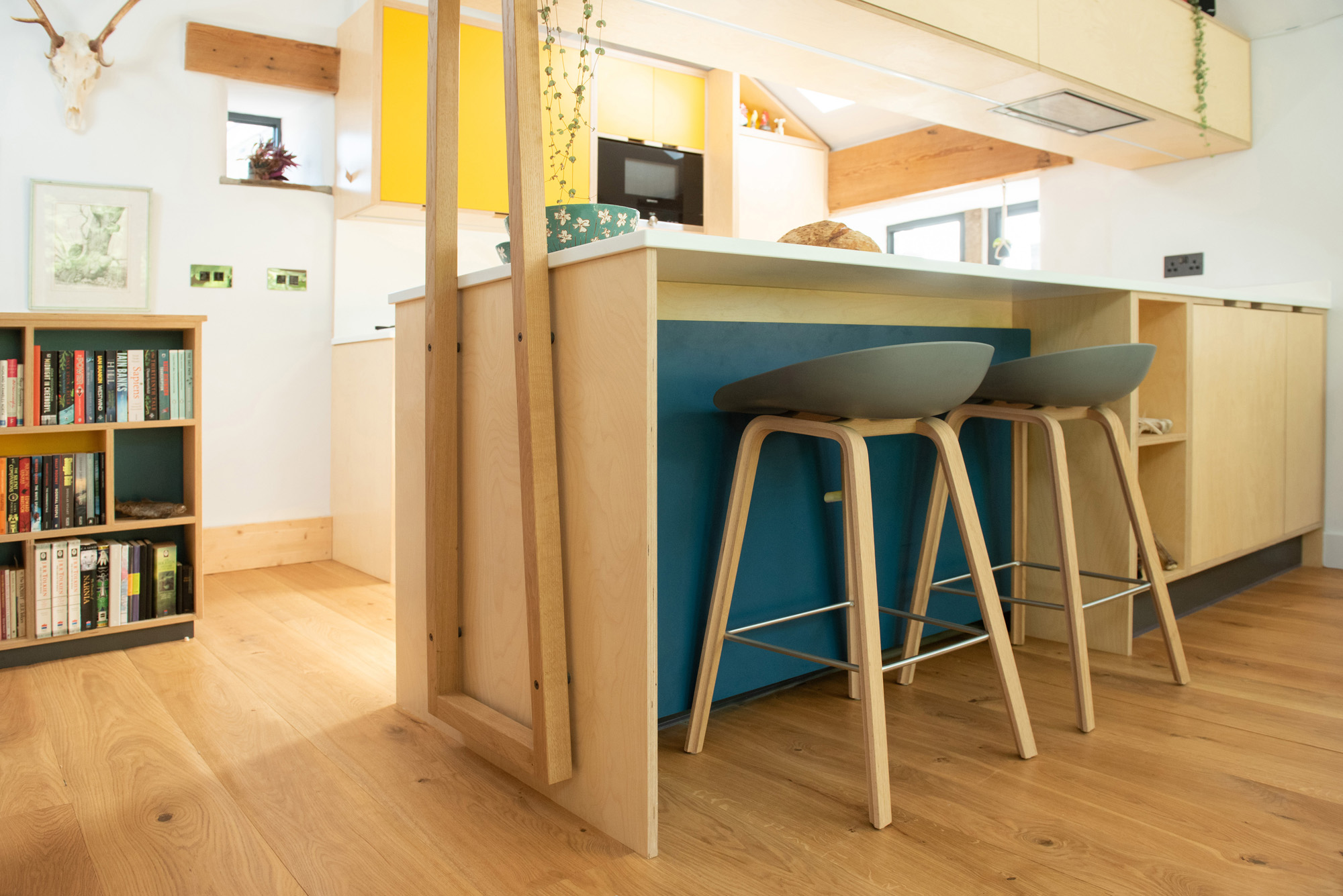 breakfast bar of plywood kitchen
