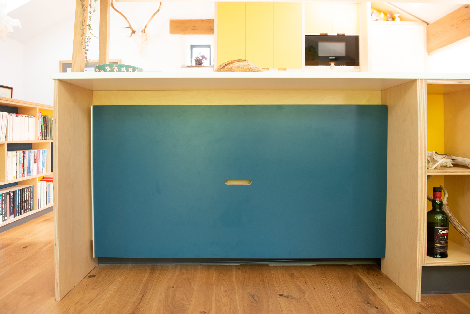 stow away dining table under breakfast bar